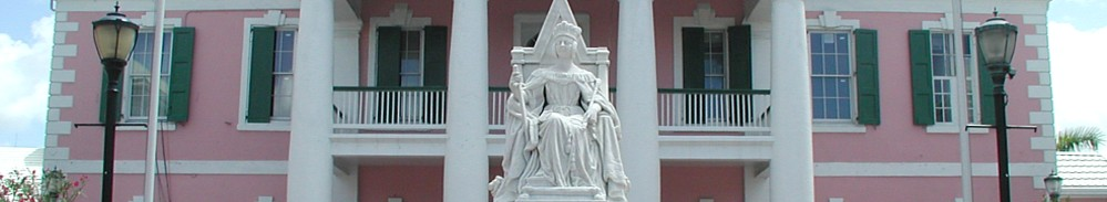 Statue of Queen Elizabeth in front of Government House, Nassau, Bahamas